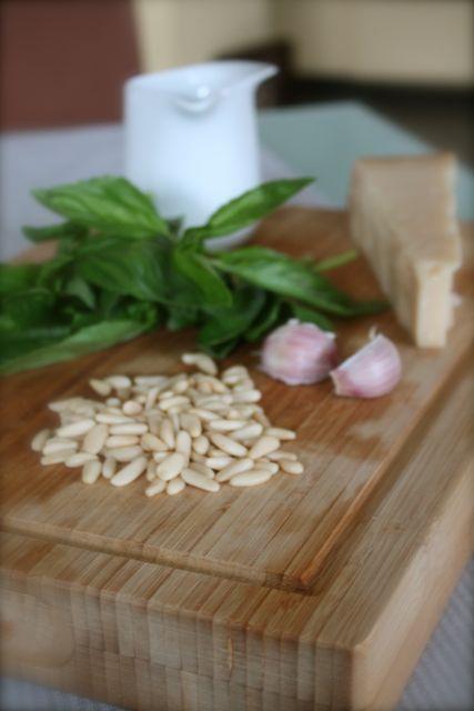 Zubereitung Frisches Basilikum Pesto