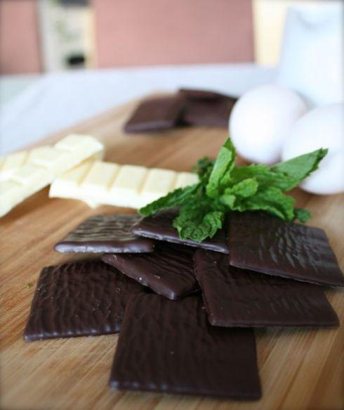 Zubereitung Schokoladen Minze Mousse an Espuma aus weisser Schokolade